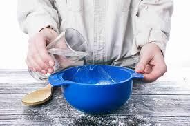 [تصویر:  learn-how-to-make-glue-home.jpg]